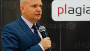 Kawczyński z wykształcenia jest historykiem mat. prasowe