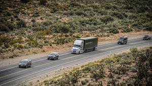 Autonomiczna ciężarowka podczas jazd próbnych