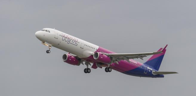 Samolot A321 podczas inauguracyjnego lotu