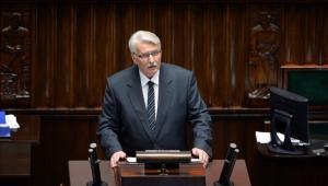 Minister spraw zagranicznych Witold Waszczykowski przedstawia informację o zadaniach polskiej polityki zagranicznej w 2016 roku podczas posiedzenia Sejmu