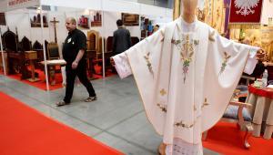 XVII Międzynarodowa Wystawa Budownictwa i Wyposażenia Kościołów, Sztuki Sakralnej i Dewocjonaliów SacroExpo w Kielcach. odbędzie się od 20 do 22 czerwca 2016 rok fot. (mr) PAP/Piotr Polak