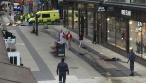 Ciężarówka wjechała w tlum w centrum Sztokholmu