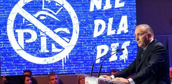 Grzegorz Schetyna w czasie Rady Krajowej PO