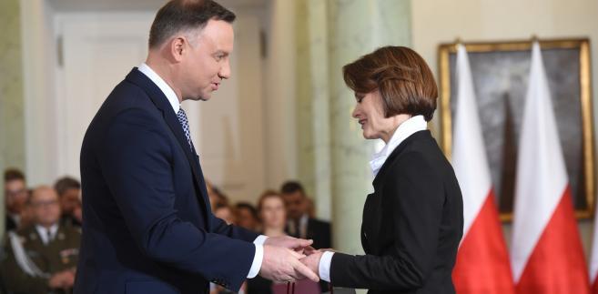 Prezydent Andrzej Duda  powołuje Jadwigę Emilewicz  na stanowisko ministra przedsiębiorczości i technologii.