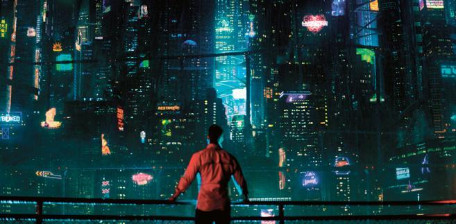 """San Francisco przyszłości. Kadr z wyprodukowanego przez Netflix serialu """"Modyfikowany węgiel"""" fot. Netflix"""