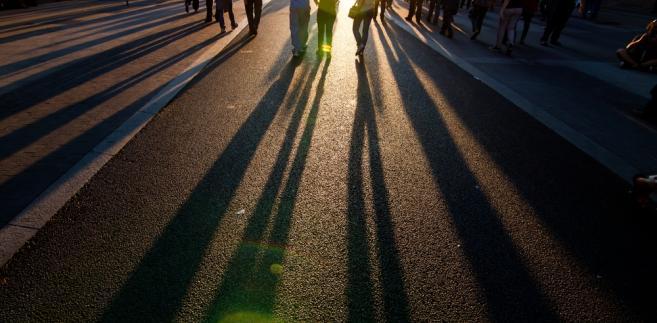 57 proc. obywateli Unii w wieku 16-30 lat czuje się wykluczonych z gospodarczego i społecznego życia w swoim kraju.