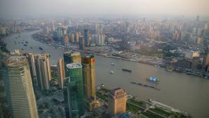 Rzeka Huangpu w Szanghaju, widok z Perły Orientu, fot. Jakub Hałun