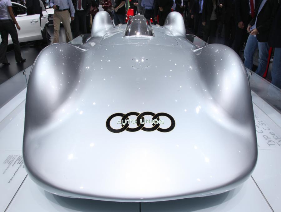 Futurystyczny samochód Audi