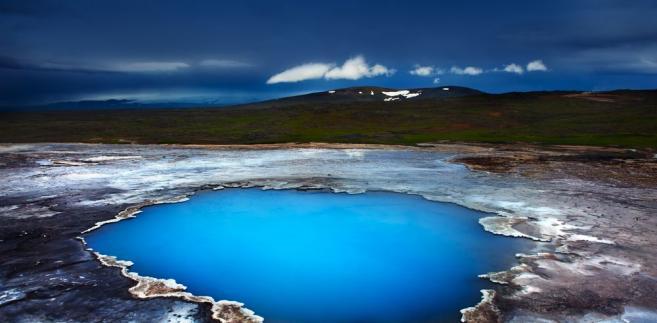 Iceland, Blahver lake in Hveravellir