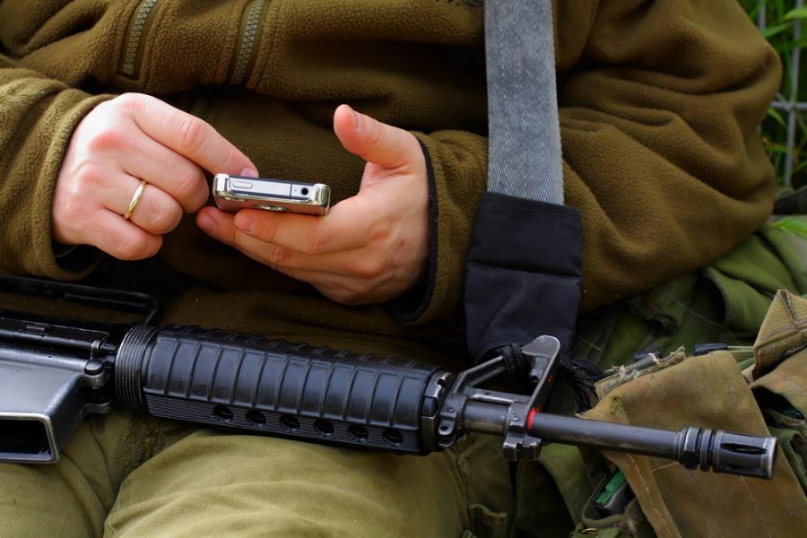 wojna, broń, żołnierz, telefon