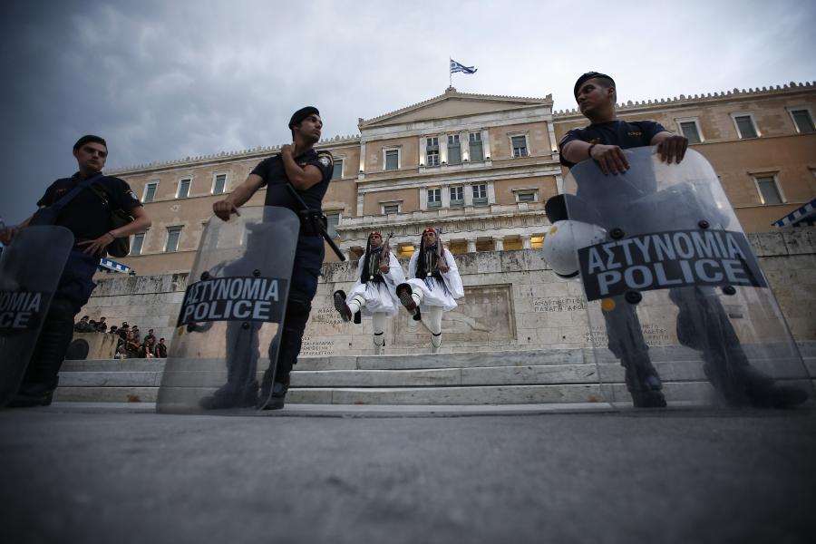 Grecja, antyoszczędnościowe protesty w Atenach