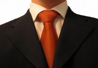 CFO (Chief Executive Officer) - dyrektor finansowy. Według IBM wzrasta jego rola w firmie