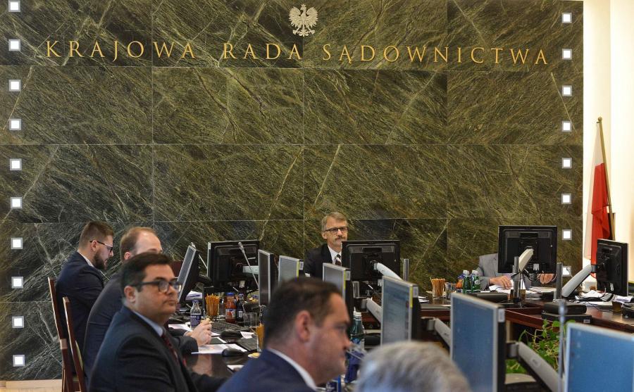Posiedzenie KRS w sprawie sędziów SN