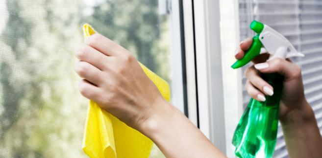 Sprzątanie - mycie okien