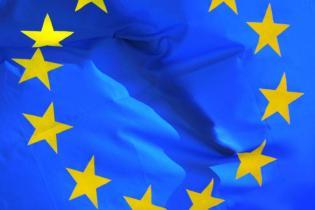 UE ocenia usługi